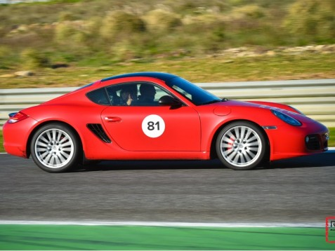 Conduzir um Porsche Cayman S no Circuito do Estoril