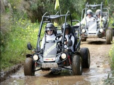 Buggy Off Road c/ fotos e video HD p/ 2 (60min)